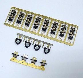 Le plastique avec le métal insère des pièces Overmold de moulage par injection de connecteur