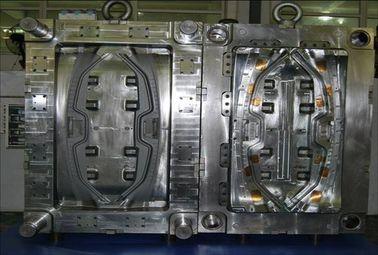 Moulage par injection en plastique des véhicules à moteur pour le moule chaud matériel de coureur des pièces d'auto PA66 GF30