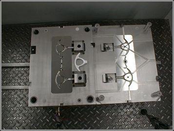Cisaillez le moulage par injection en plastique de poignée, fabrication sous contrat matérielle de pp